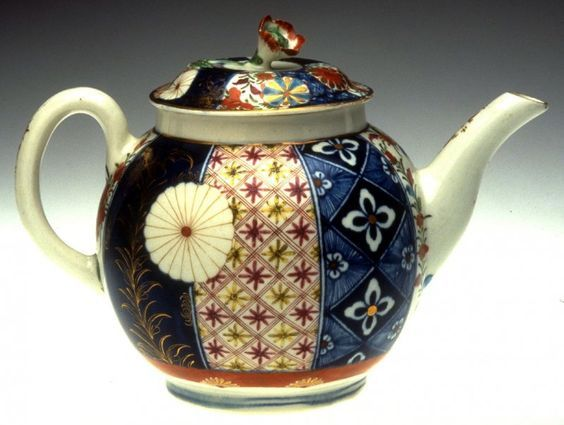Teapot and Cover Worcester Factory Date: ca. 1768–1770: