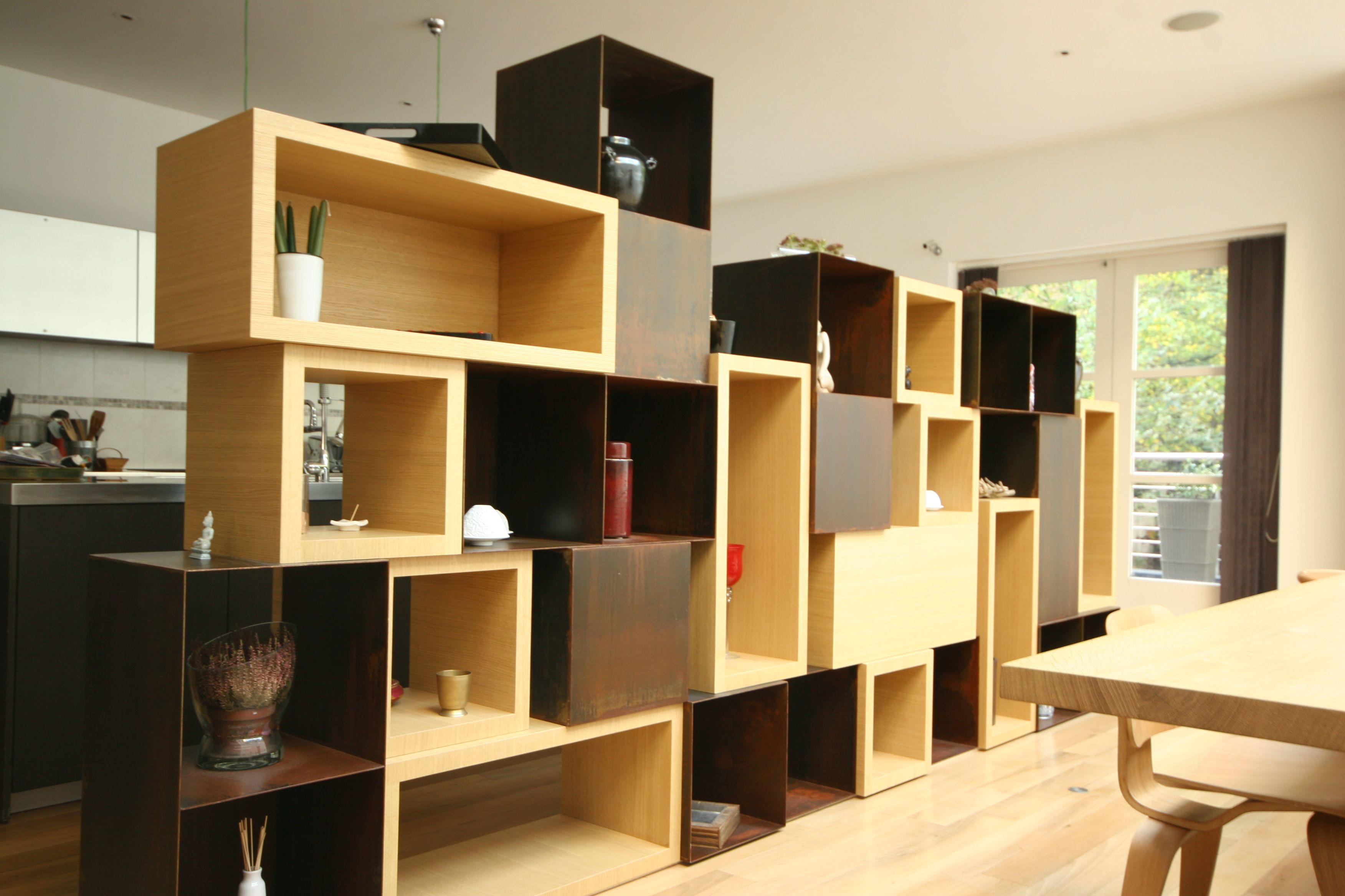 meuble s paration bois m tal id es maison pinterest showroom and atelier. Black Bedroom Furniture Sets. Home Design Ideas