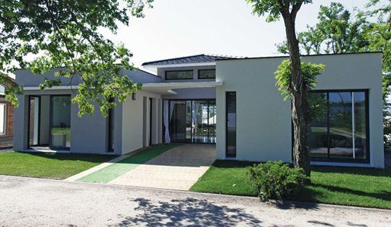 HOMEXPO BORDEAUX  Quadri constructeur de maison avec patio - plan maison avec tour carree