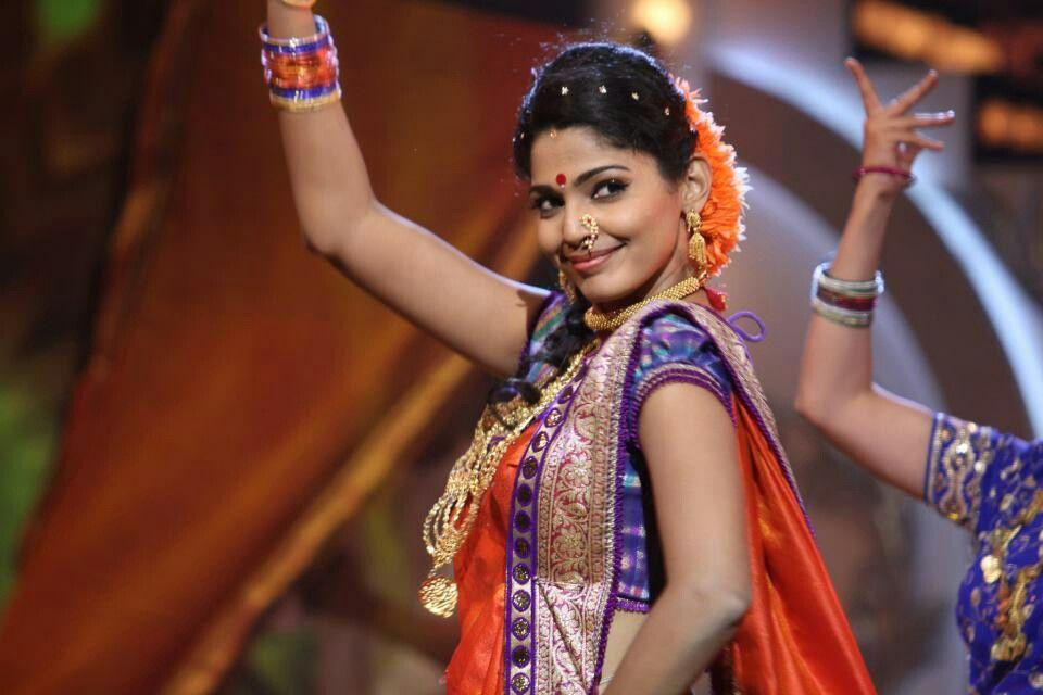 Marathi hottie pooja sawant performs lavani marathi actress marathi hottie pooja sawant performs lavani marathi actress thecheapjerseys Choice Image