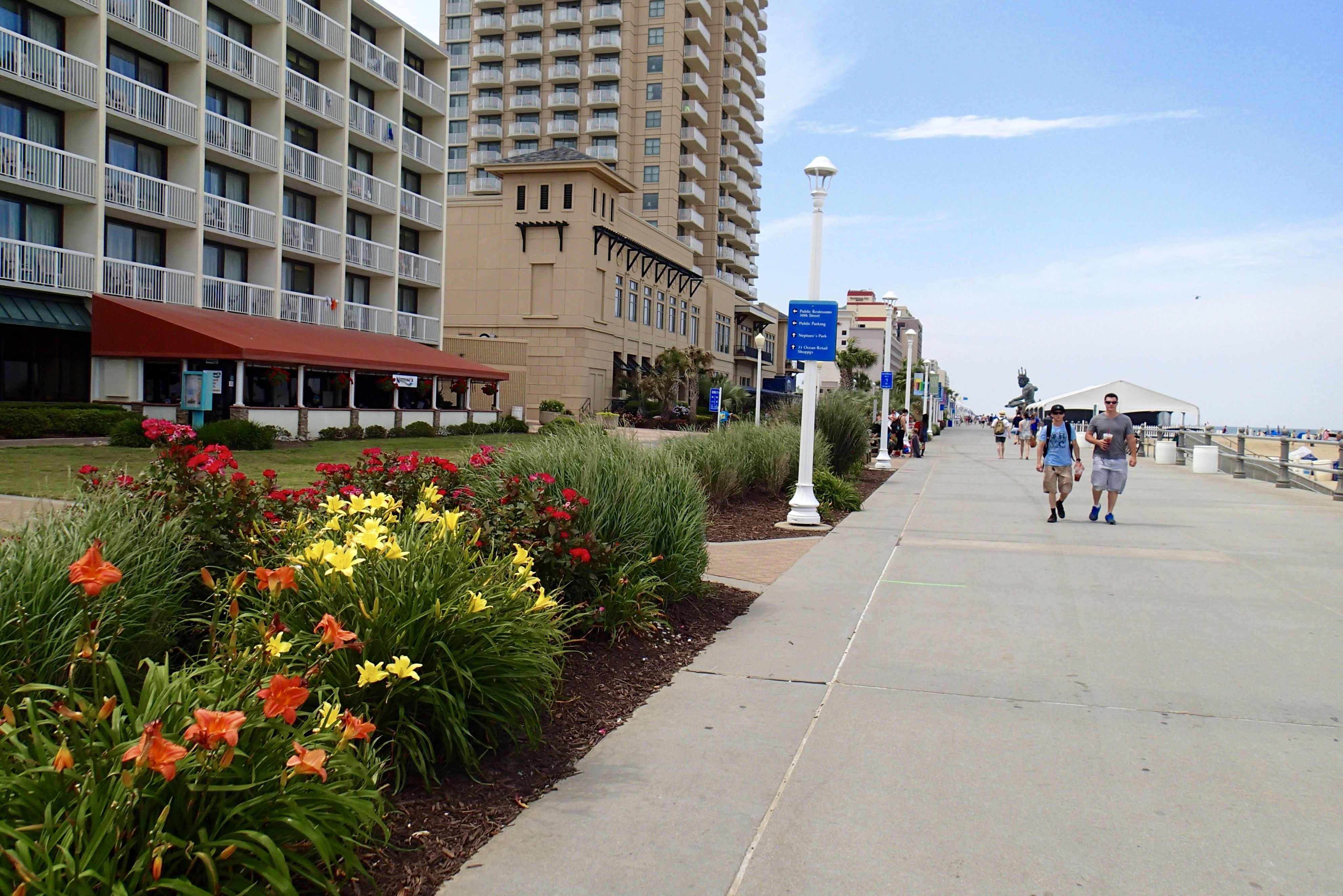 The Virginia Beach Boardwalk Is An Absolute Must While You Are Coming To Va Virginia Beach Boardwalk Virginia Beach Boardwalk Hotels Virginia Beach Restaurants