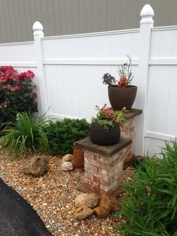 Stacked Bricks for Columns #backyardgardeningdesign | Ter ...