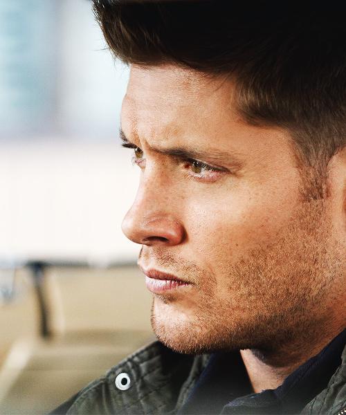 Dean Winchester (Jensen Ackles), in supernatural