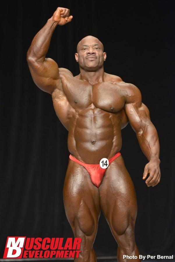 2013 Olympia Pre Judging Mr Olympia Dexter Jackson With Images Dexter Jackson Body Building Men Bodybuilding