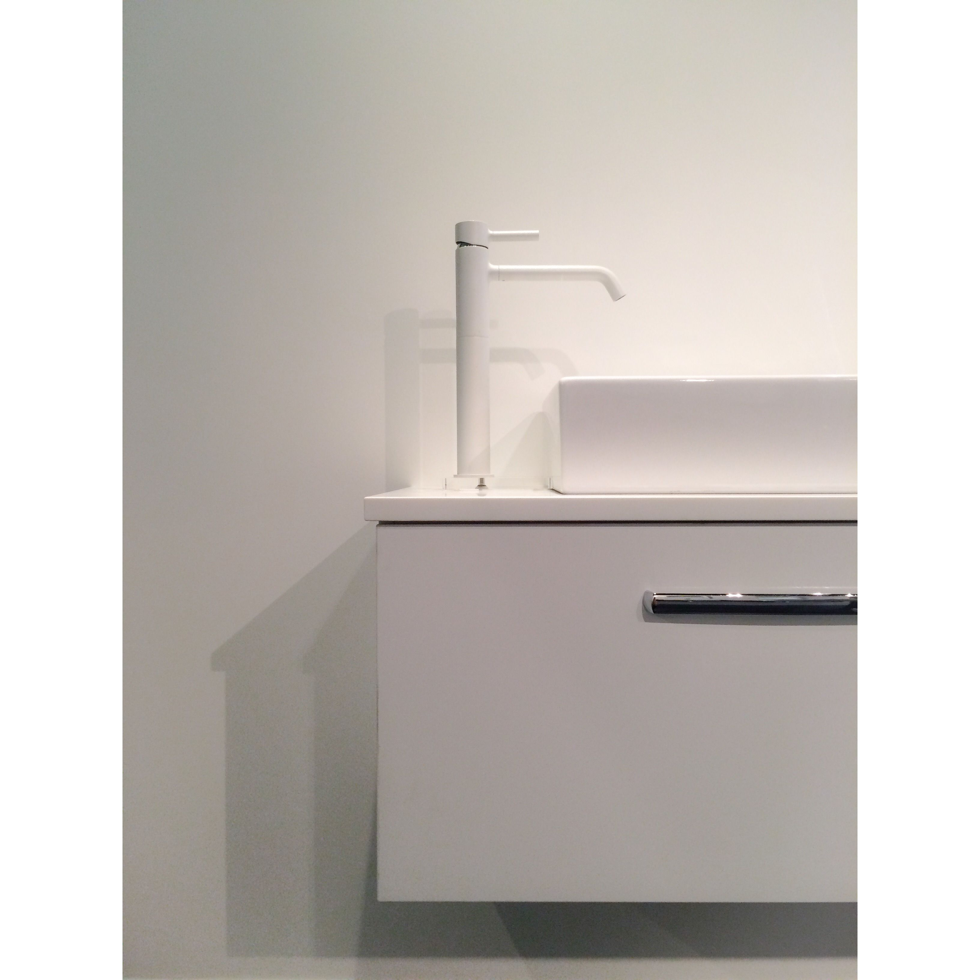 Accessori Bagno Zucchetti Robertson Auckland Showroom Pan Ext Height Mixer In White By