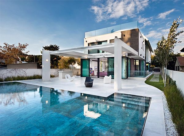 Contemporary Mediterranean House A Private Paradise
