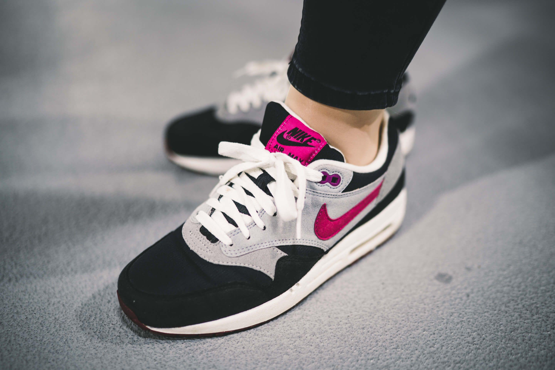 Ein Klassiker Nike Air Max 1 Rave Pink (con imágenes)