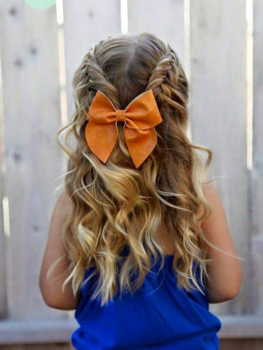 35 Cute & Fancy Flower Girl Hairstyles for Every Wedding - Part 34 #girlhairstyles