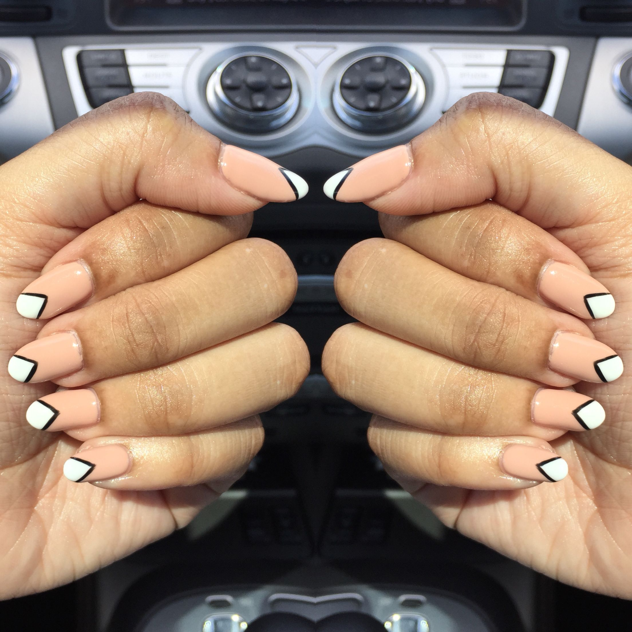 almond shaped gel nails design prism black white nude   blind nails ...