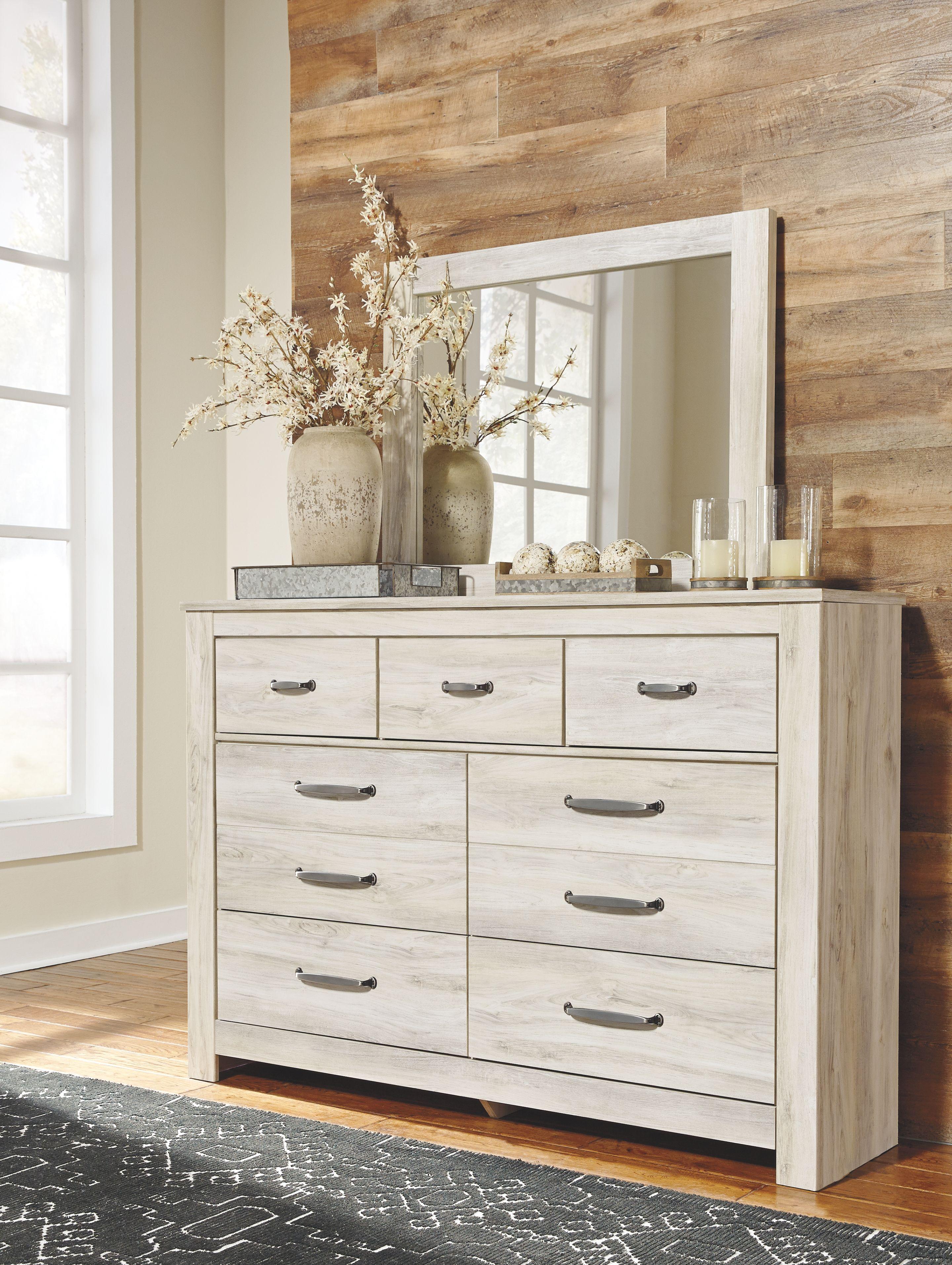 Bellaby Dresser And Mirror Ashley Furniture Homestore Dresser Decor Bedroom Dresser Design Dresser Decor [ 3827 x 2880 Pixel ]