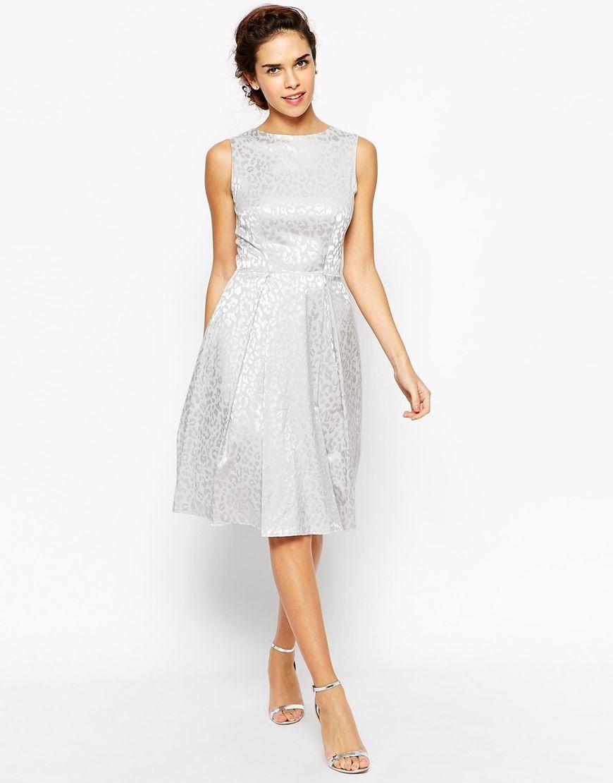 Prom Dress Race