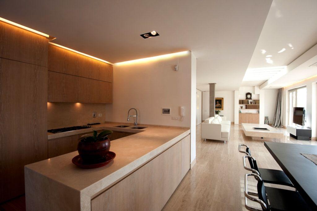 Attico a roma cucina minimalista di dettagli architettura e servizi minimalista