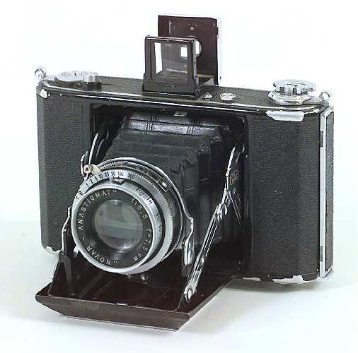 Ikonta 520/16 Pacific Rim Camera : Photographica Pages: Zeiss Ikon ...