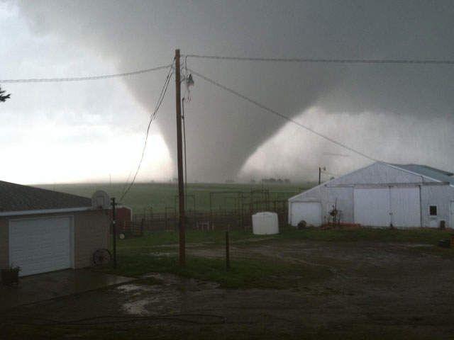 Multiple tornadoes touch down across Kansas - KSHB.