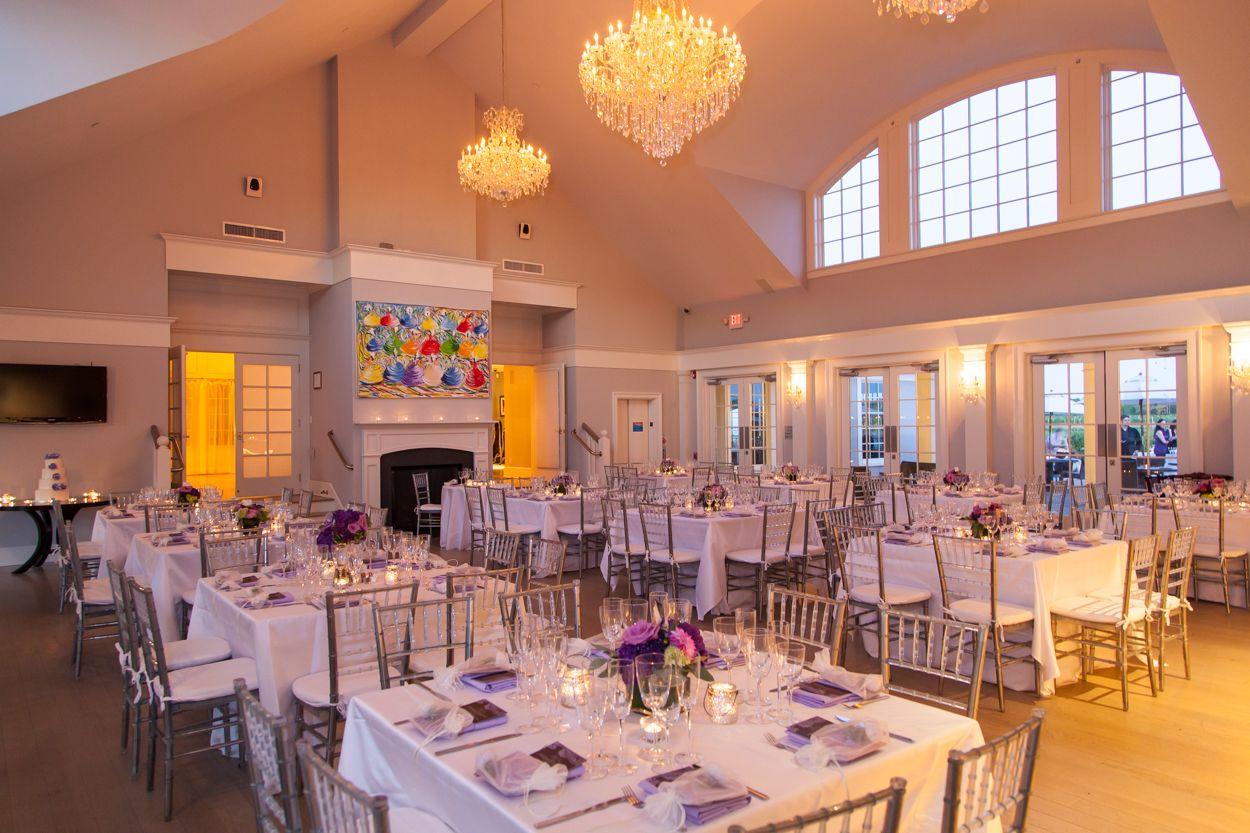 Tasting Room Wedding Under 100 Guests Sparkling Pointe Vineyards North Fork Of Long Island Photo By Gerardo Somoza