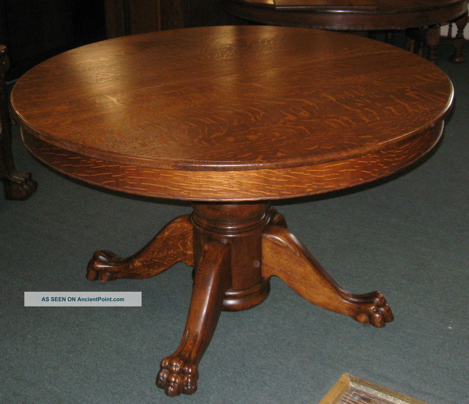 Antique 48 round quartersawed oak dining table american for Antique dining room furniture