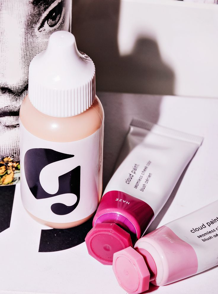 Glossier Perfecting Skin Tint Review | The Critical Babe