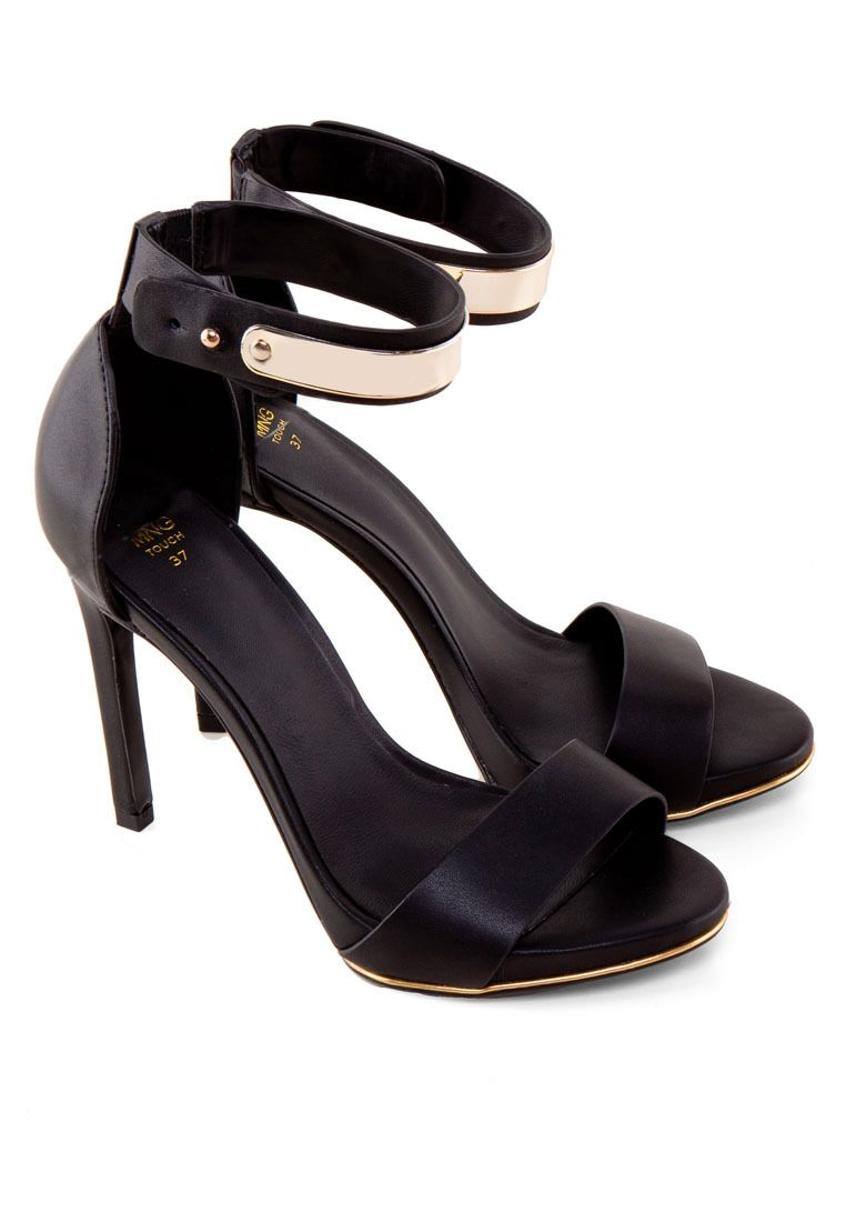 MANGO Metallic Appliqué Ankle-Cuff Sandal 踝帶高跟涼鞋 (HKD 699.00)