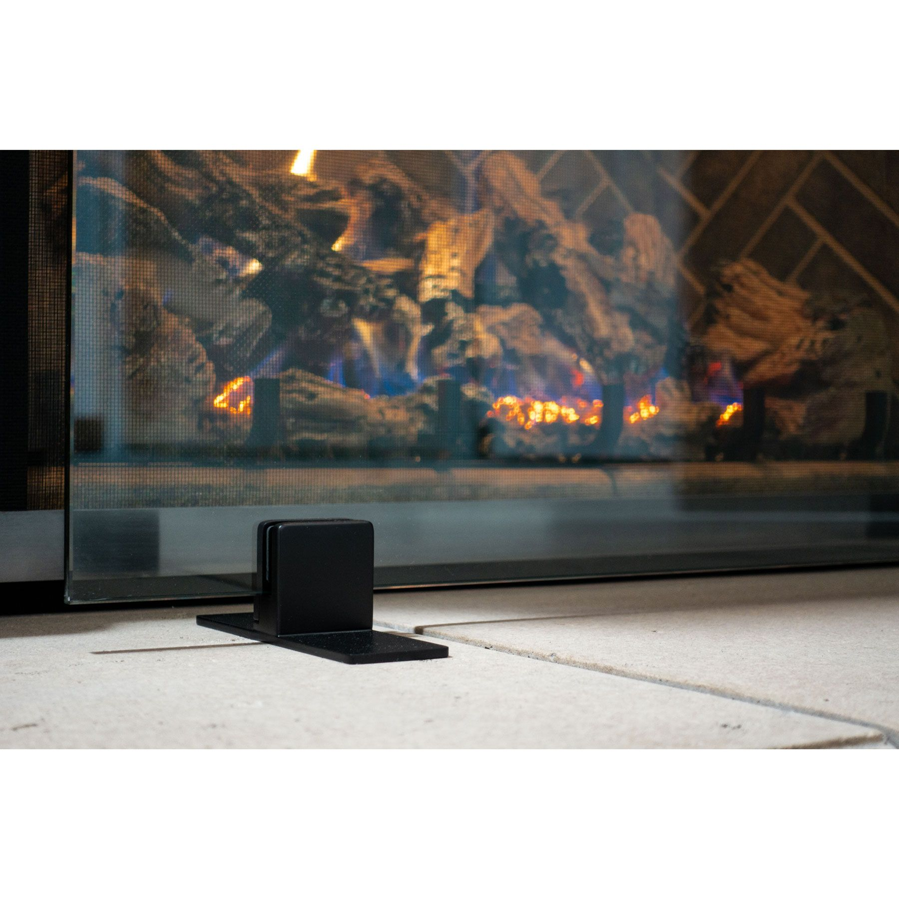 Fireplaces Fire Pits Grills Bbqs Torches And Fire Features Glass Fireplace Screen Glass Fireplace Outdoor Fireplace Glass fireplace screen free standing
