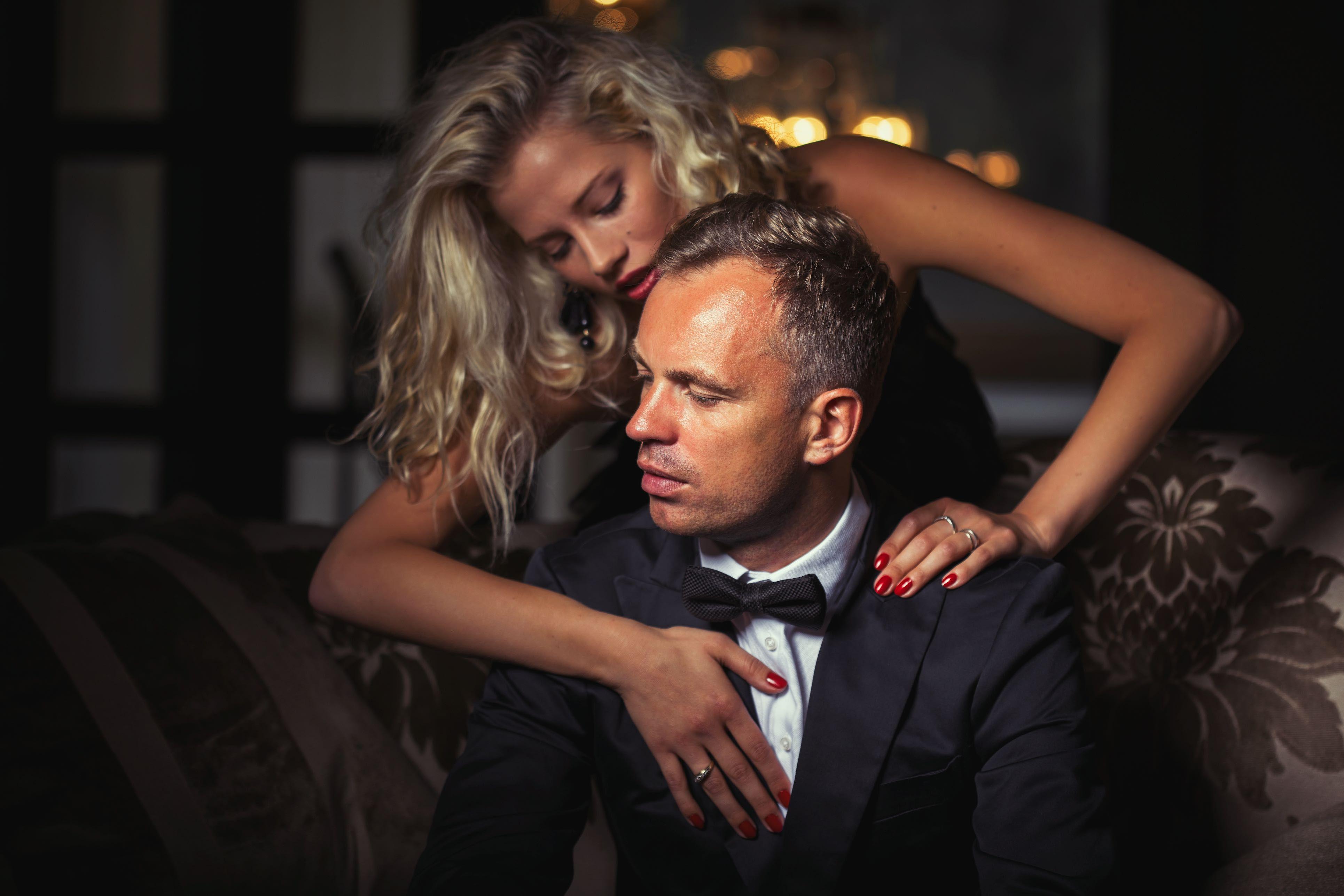 Gay online dating near harrison