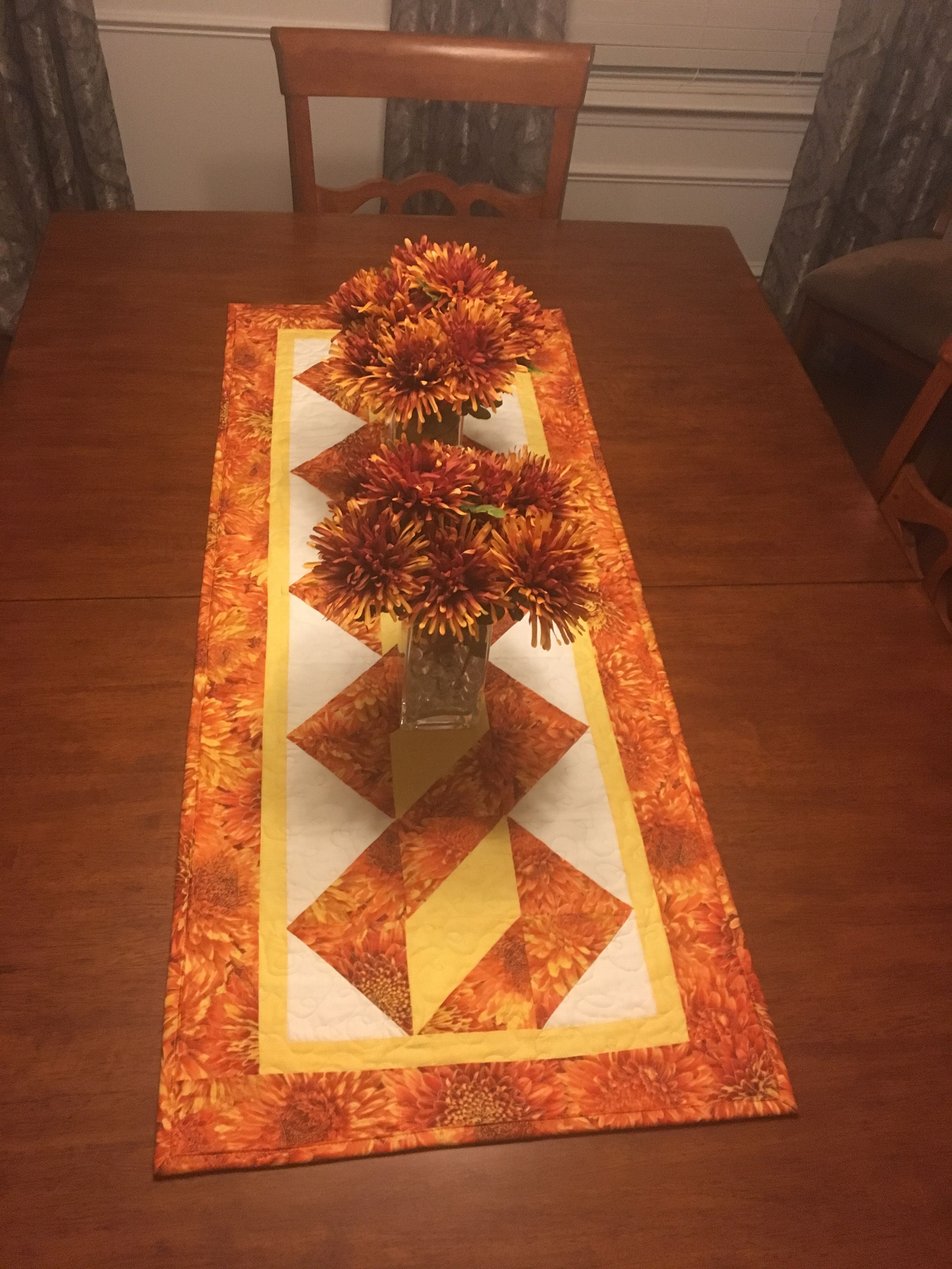 Twisted Pole Table Runner For Our Table For The Fall 2016
