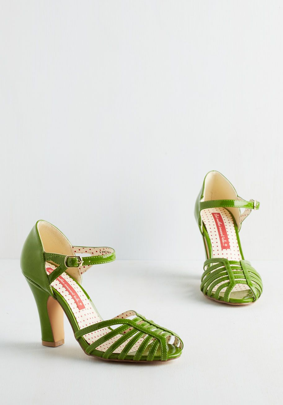 Sunporch Serenade Heel in Fern. Simultaneously steeping your morning tea as you mosey toward the sunroom, you notice the click of these glossy heels creating a beat beneath the birds song. #green #wedding #modcloth