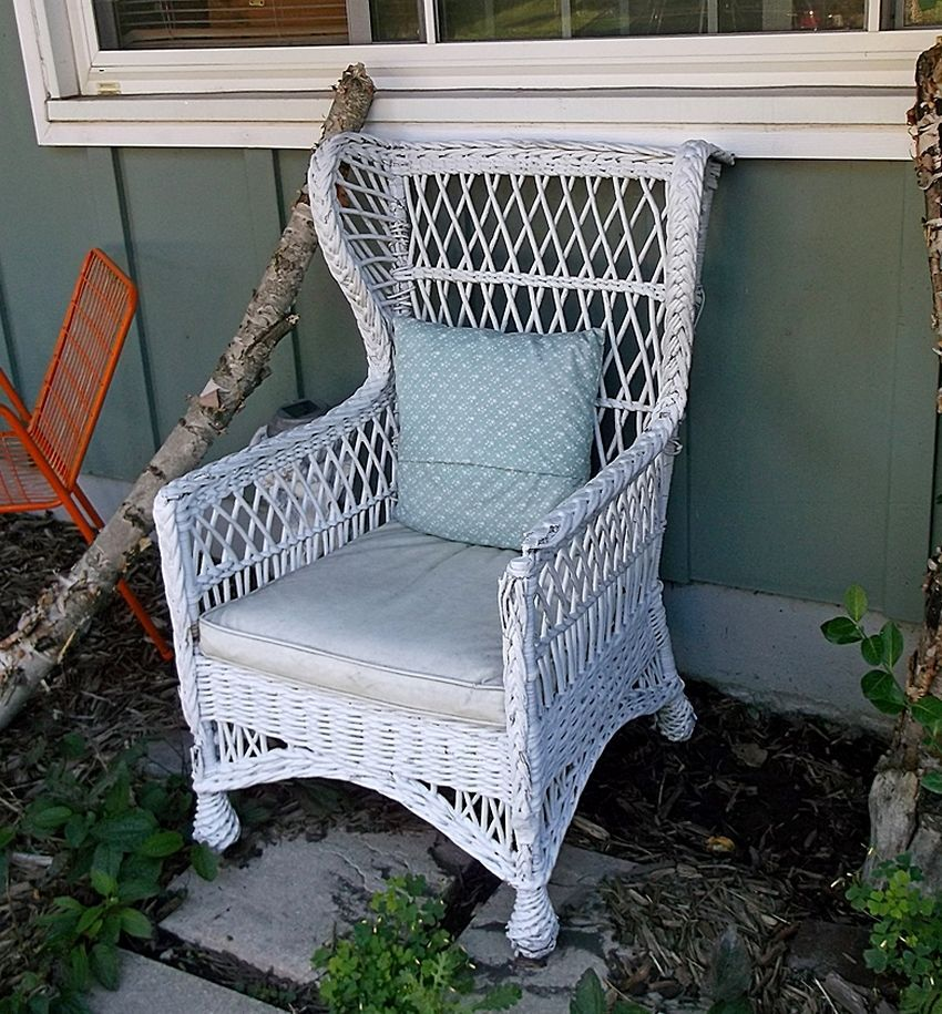 1910 Winged Back Wicker Chair (white) includes the seat cushion #FrenchCountryProvincial #unknown