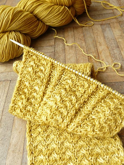 Ravelry: uncia's Shifting Sands Cardigan