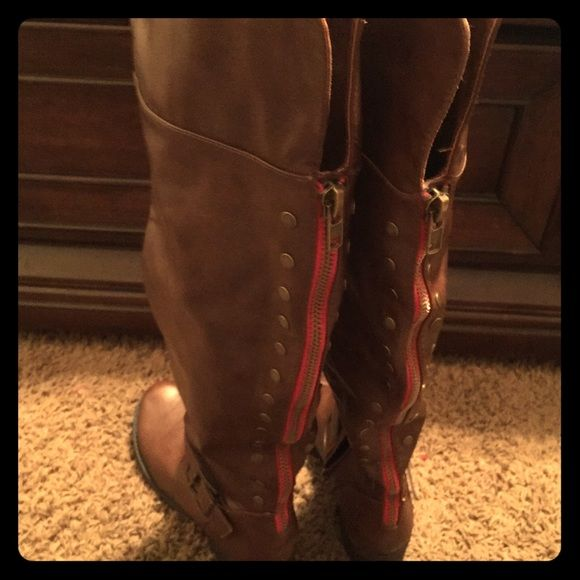 Cute tall brown boots with red zipper lining Brand new worn once, too small for me  ! Shoes Over the Knee Boots