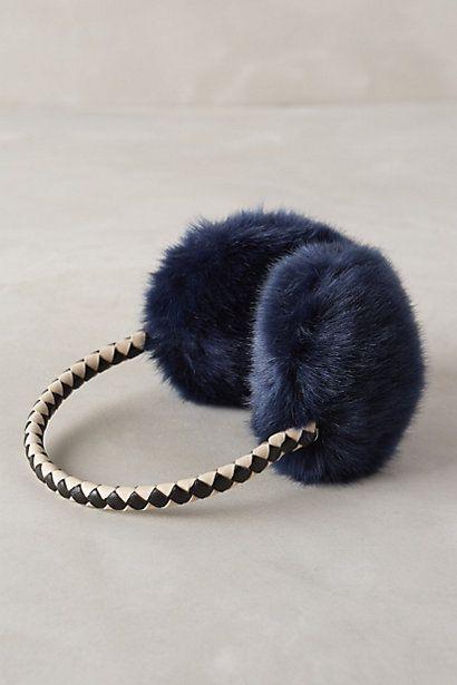 faux fur earmuffs #anthrofave  http://rstyle.me/n/tmdnepdpe