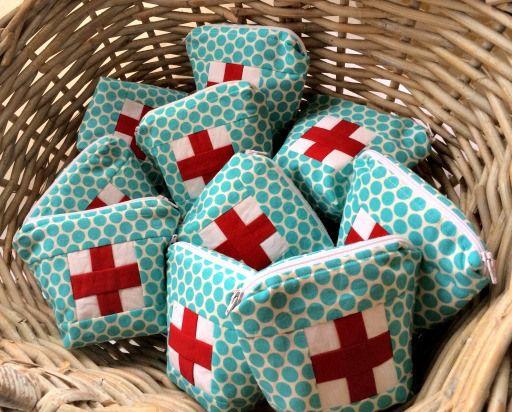 Ouch Pouch-Christmas gift idea   Nähideen, Kreative geschenke und ...