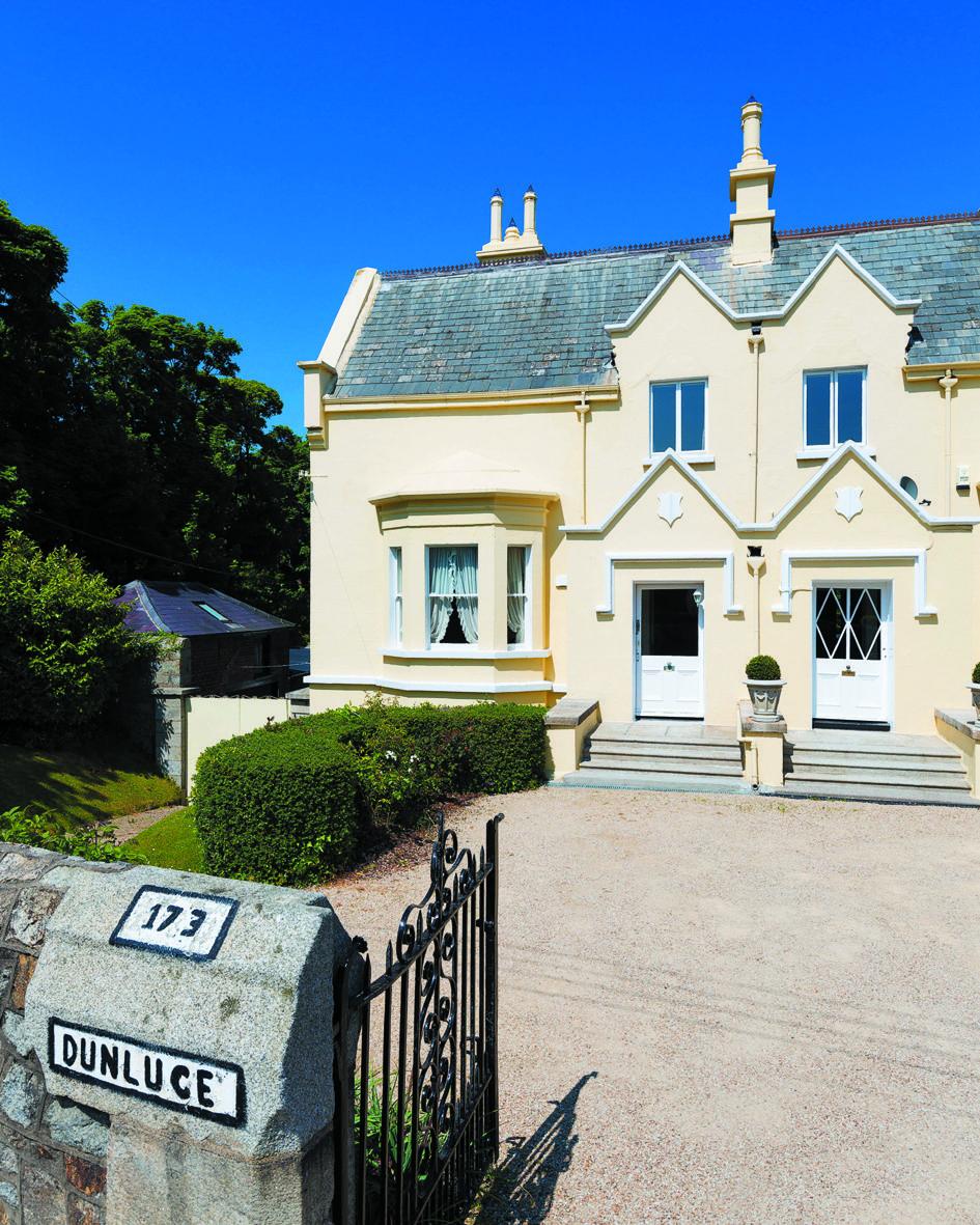 Lovely DUNLUCE, UPPER GLENAGEARY ROAD, DUBLIN, LEINSTER Dublin, Luxury Homes,  Ireland,