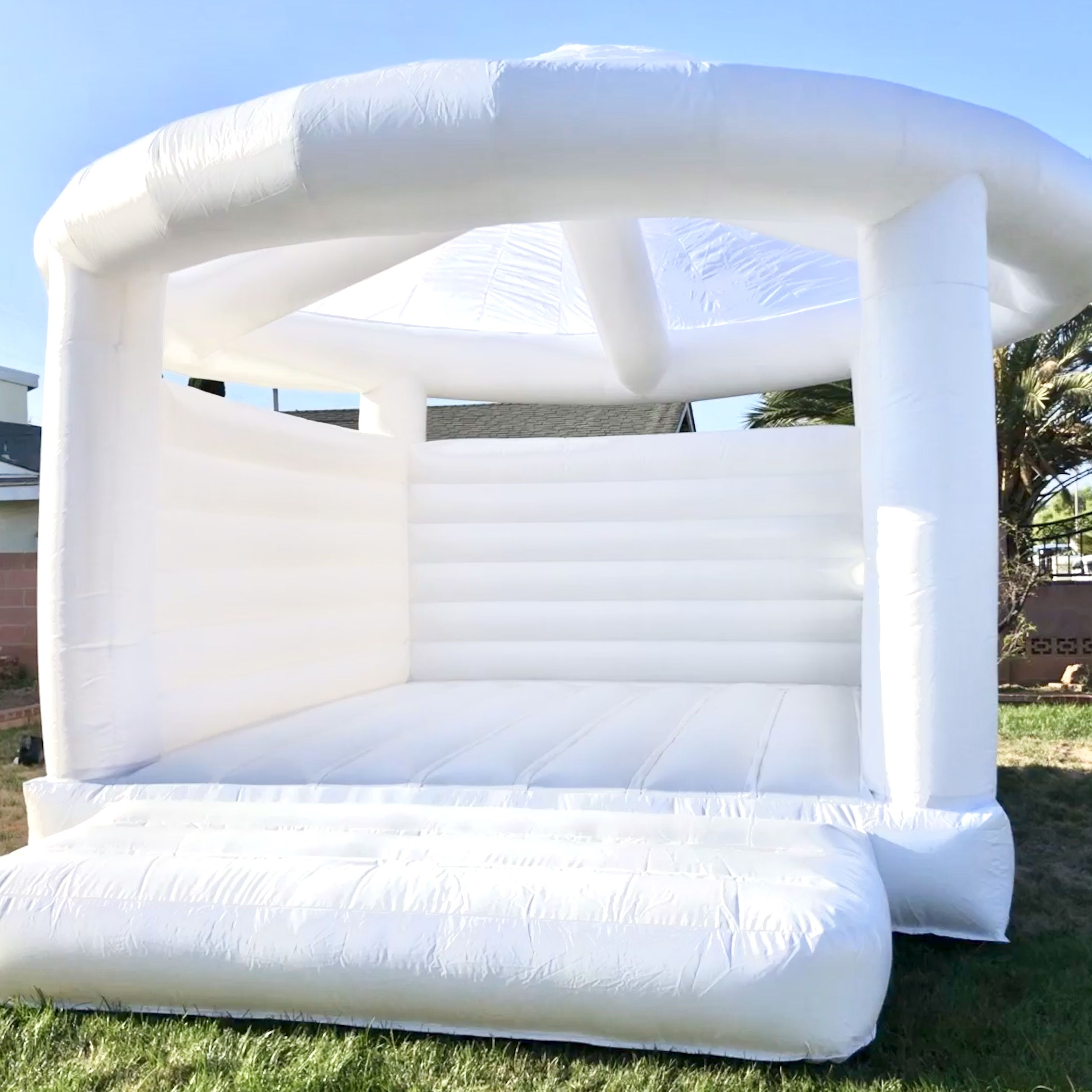 White Wedding Jumpers Bounce House Rentals House Rental Bounce House