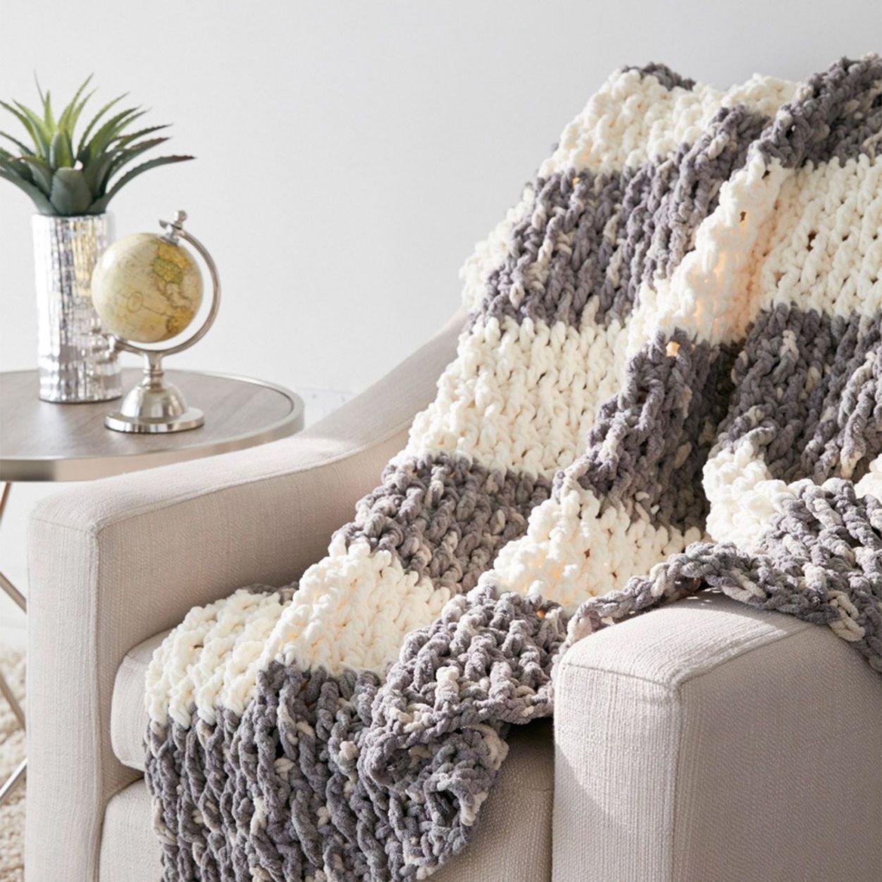 Bernat Lush Life Blanket | crochet en 2018 | Pinterest | Ganchillo