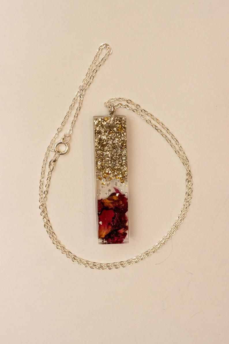 Red square resin necklace