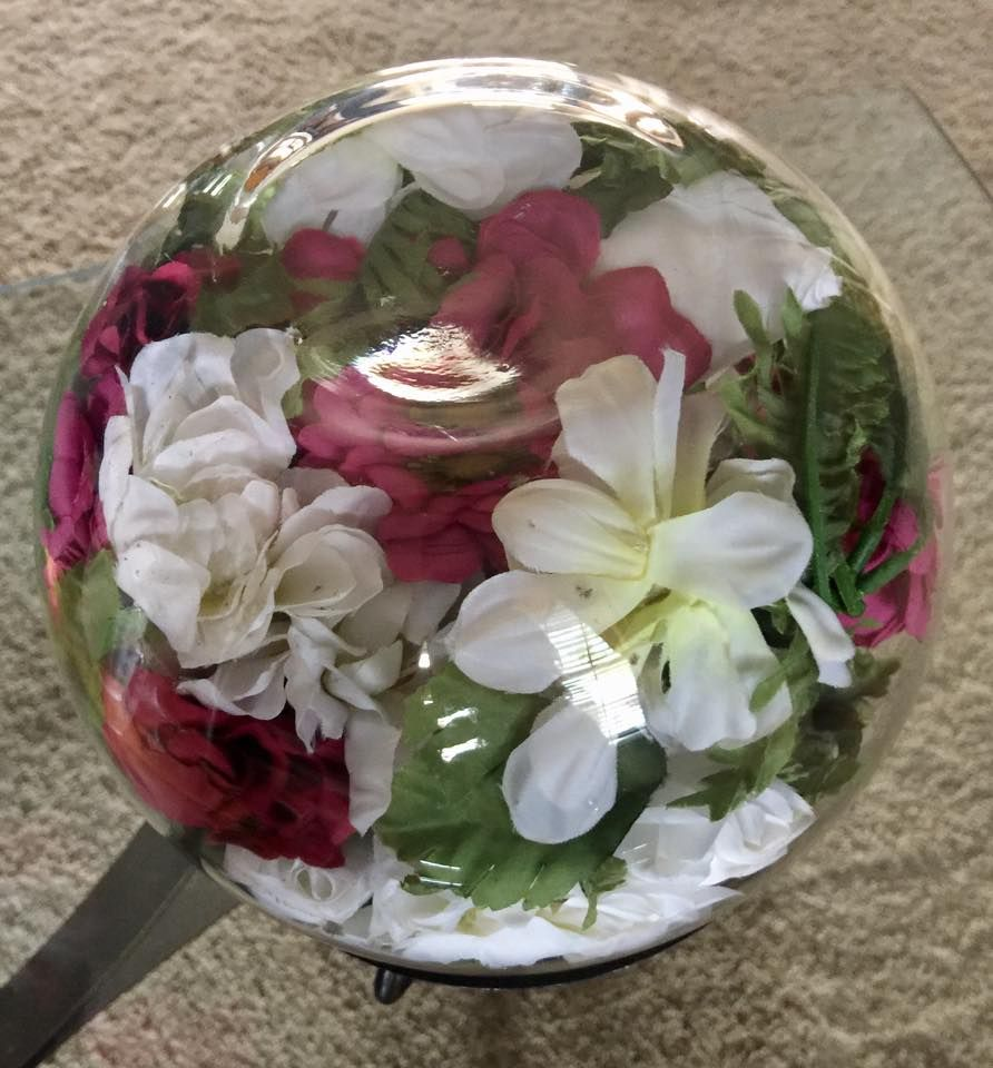 Hobby Lobby Wedding Ideas: Preserve Artificial Or Real Wedding Flowers! Use A Bubble