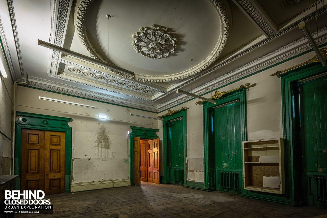 Tottenham House Severnake Dark Room With Tall Green Doors Wiltshire Tottenham Grand Homes
