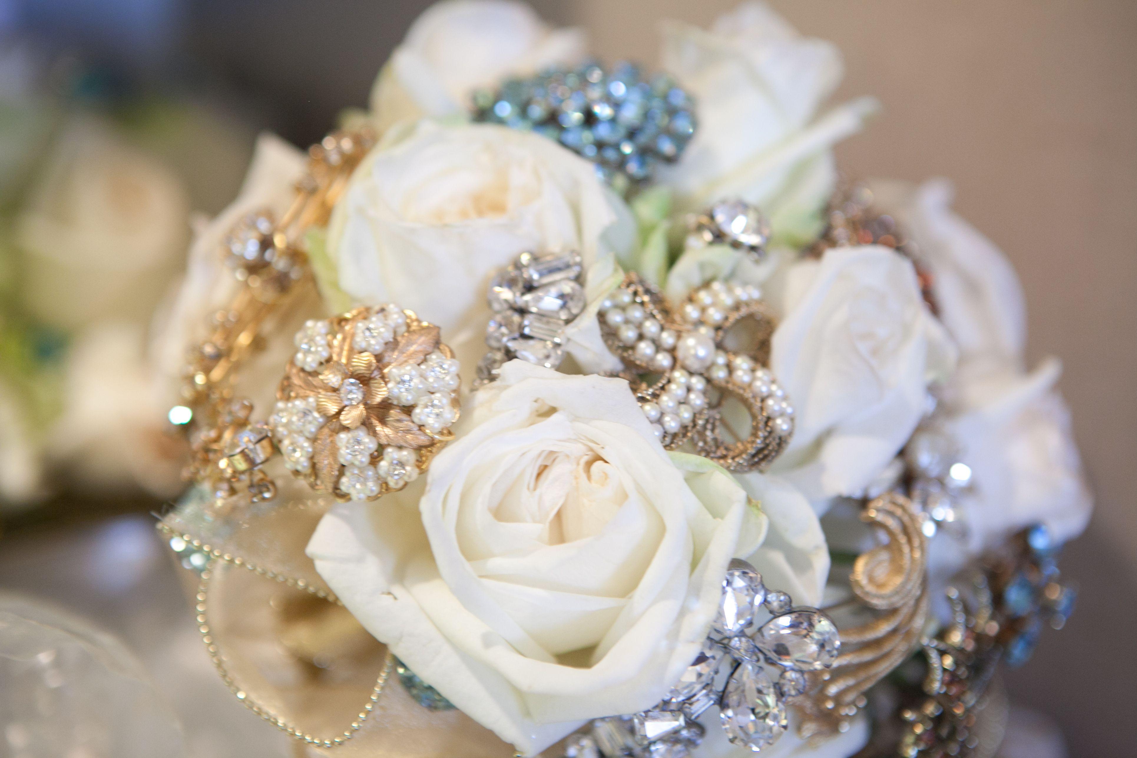 Wedding Bouquet With Vintage Brooches Wedding Ideas Pinterest