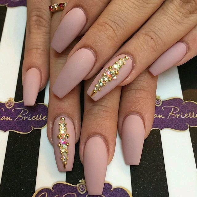 Cute Coffin Shaped Neutral Nails With Images Stylish Nails