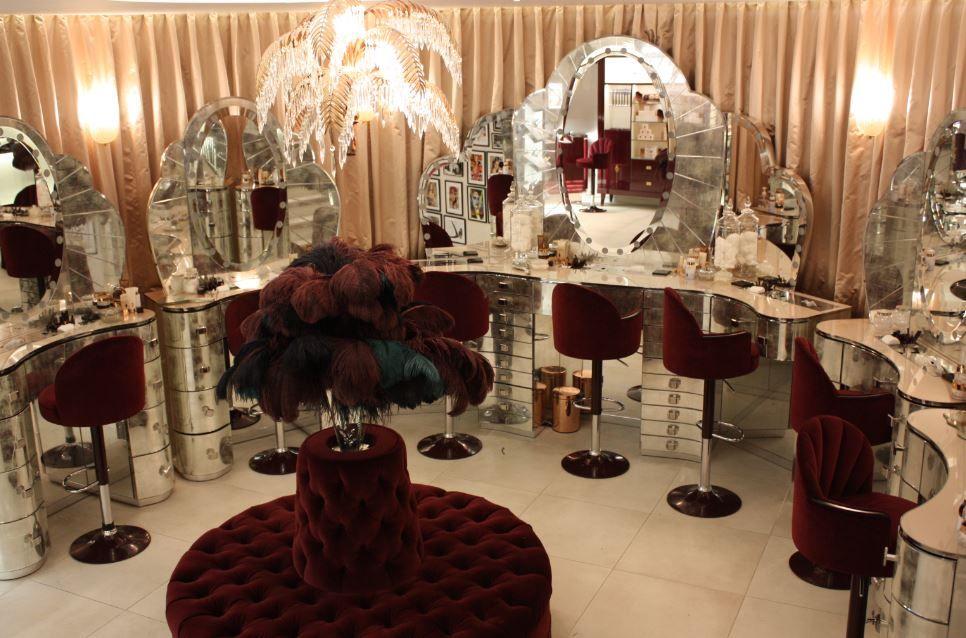 Charlotte Tilbury Salon Suites Decor Salon Interior Design Beauty Salon Decor