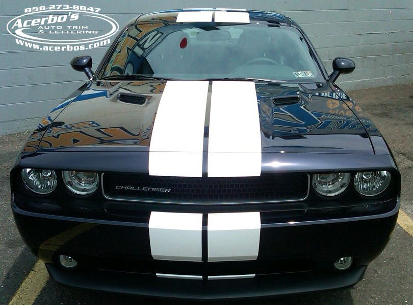 Black Dodge Challenger With White Racing Stripe Graphics Acerbo S Auto Trim Lettering Www Acerbos C Dodge Challenger Black Racing Stripes Dodge Challenger