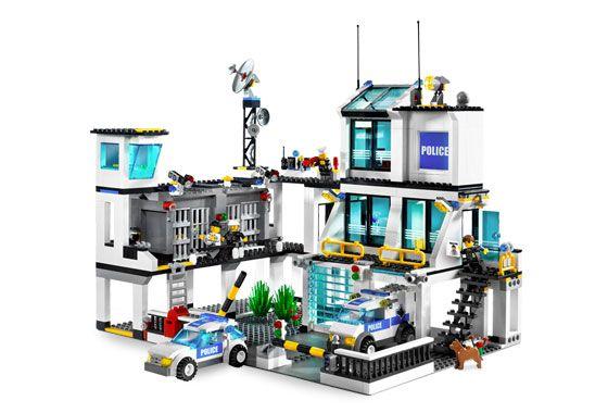 7744 Police Headquarters 08 Lego Pinterest Lego Police Legos