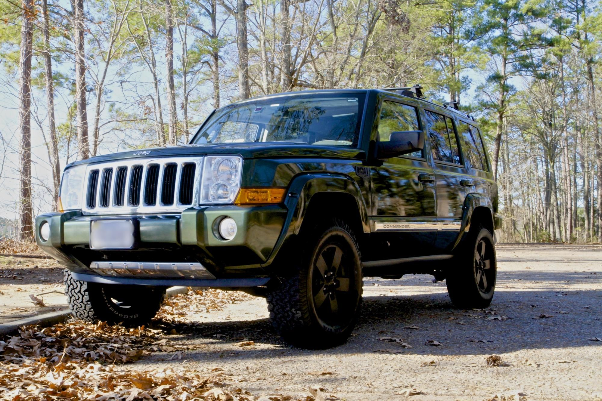 """lifted 2007 commander 2"""" lift 32"""" bfg a/ts .5"""" spacers 