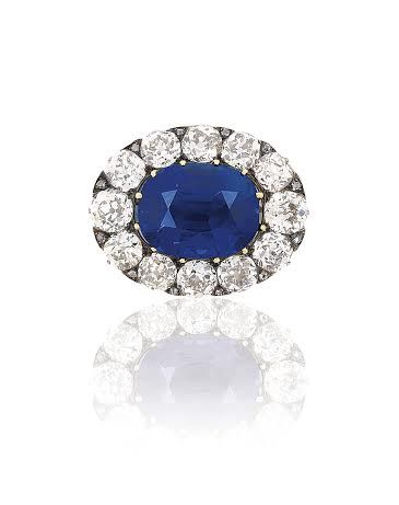 If you love beautiful vintage jewellery then take a look at this stunning 14 carat Kashmir sapphire and diamond brooch which will lead Christie's sale at the end of this month.
