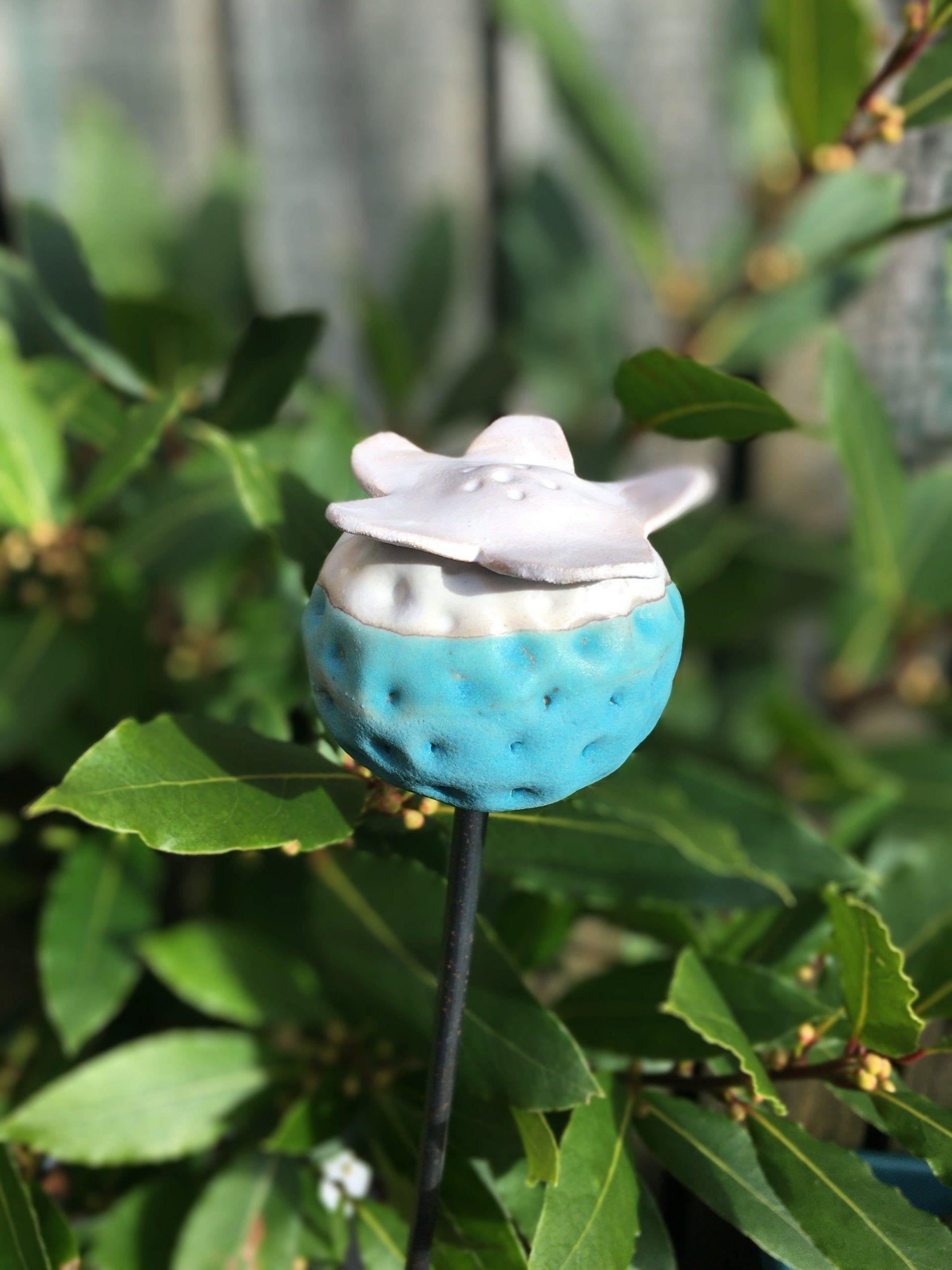Ceramic Pod garden stake, poppy seed, Ceramic garden sculpture, plant support, h...#ceramic #garden #plant #pod #poppy #sculpture #seed #stake #support #garden sculpture ceramic