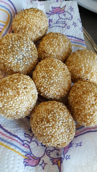 Photo of Asian filled sweet sesame balls by maarii | Chef