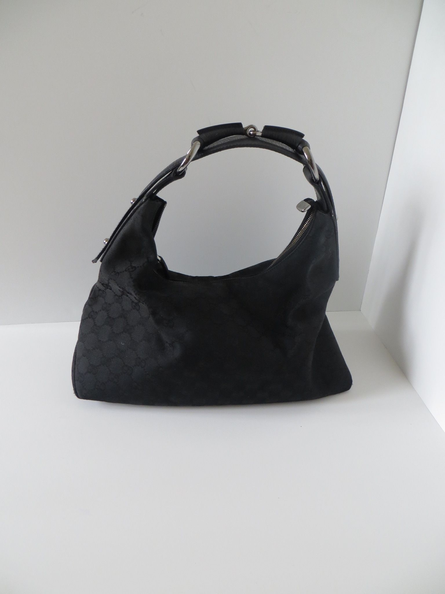40e2e67cd65679 Gucci GG Canvas Medium Hobo with Horsebit Handle | Bags | Wooden ...