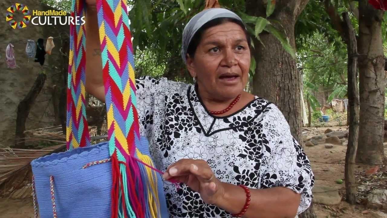 Mochilas Wayúu de un sólo color (Unicolor). Hechas a mano por los indíge...