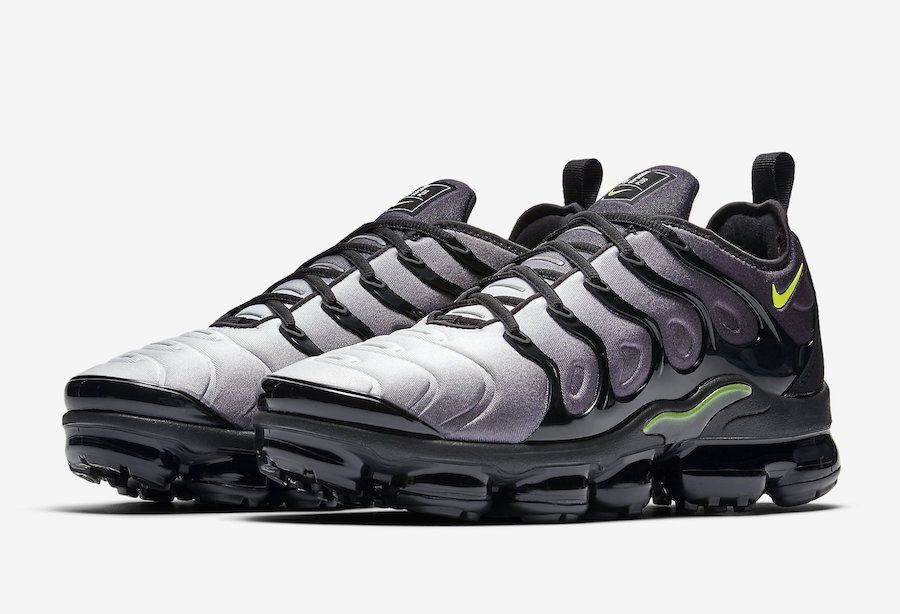 a649f0e3d3e (ebay link) Men s Nike Air Vapor Max Plus Black Volt Athletic Sneakers  924453 009 Size 10  fashion  clothing  shoes  accessories  mensshoes   athleticshoes