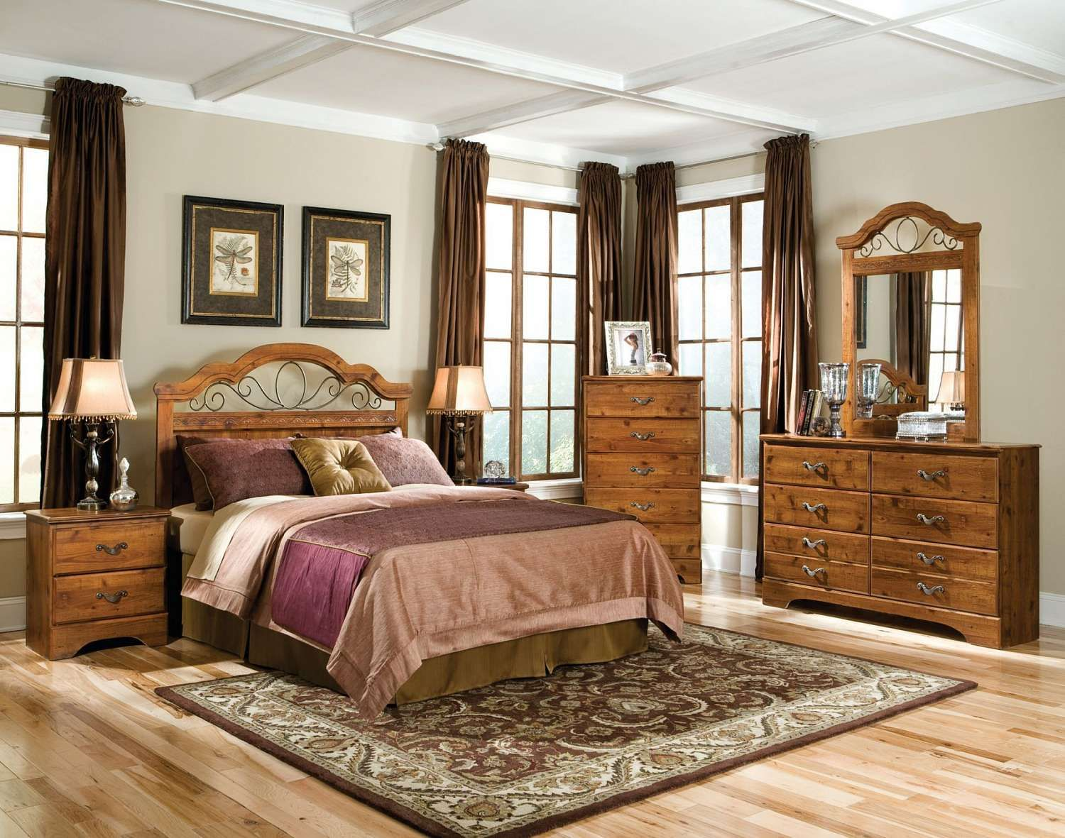 #1 Choice: Transitional 4 Piece Bedroom   FFO Home This Set Includes A Queen